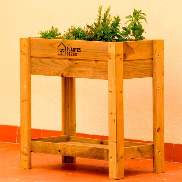 huerto de madera