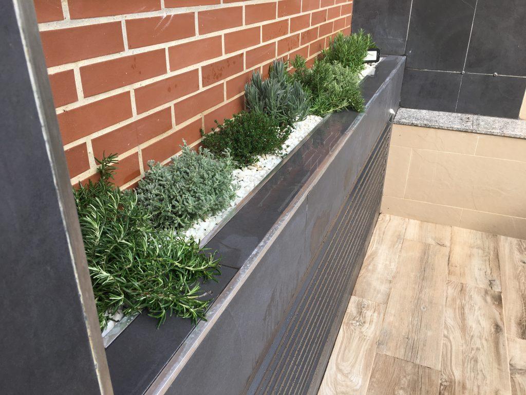 jardín en terraza de adosado
