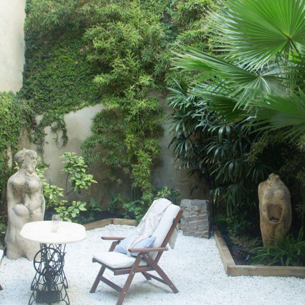 plantas en terraza de patio interior